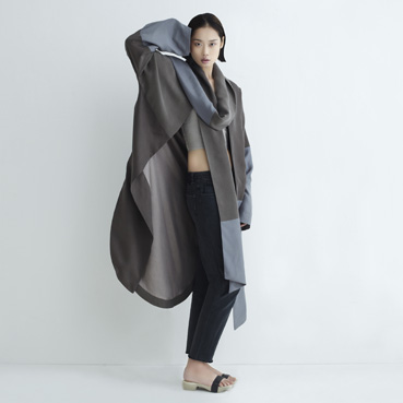 _aethic_neemic-cocoon_eartha-scarf-coat_8679